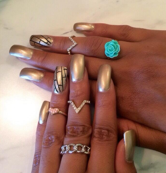 Nails – Lola Nicole